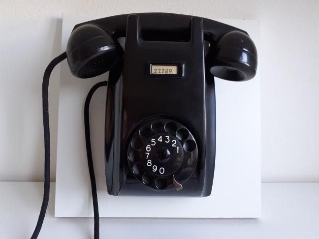 Ericsson type 1951 wandtoestel zwart
