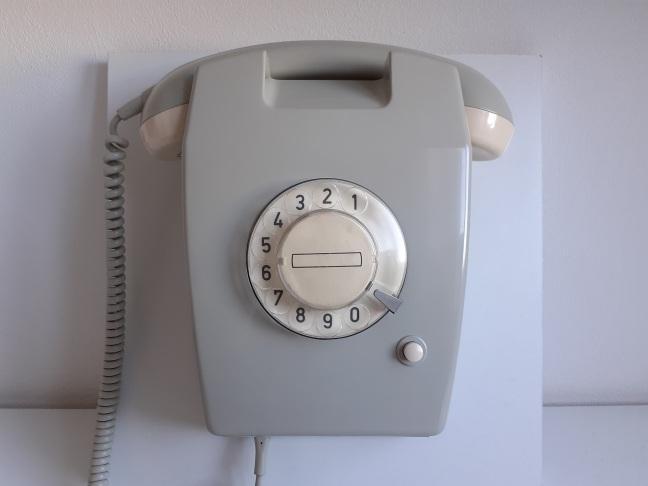 PTT W65 wandtelefoon